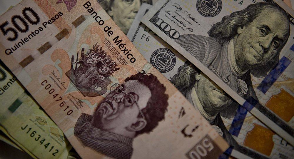 Peso mexicano y dólar estadounidense