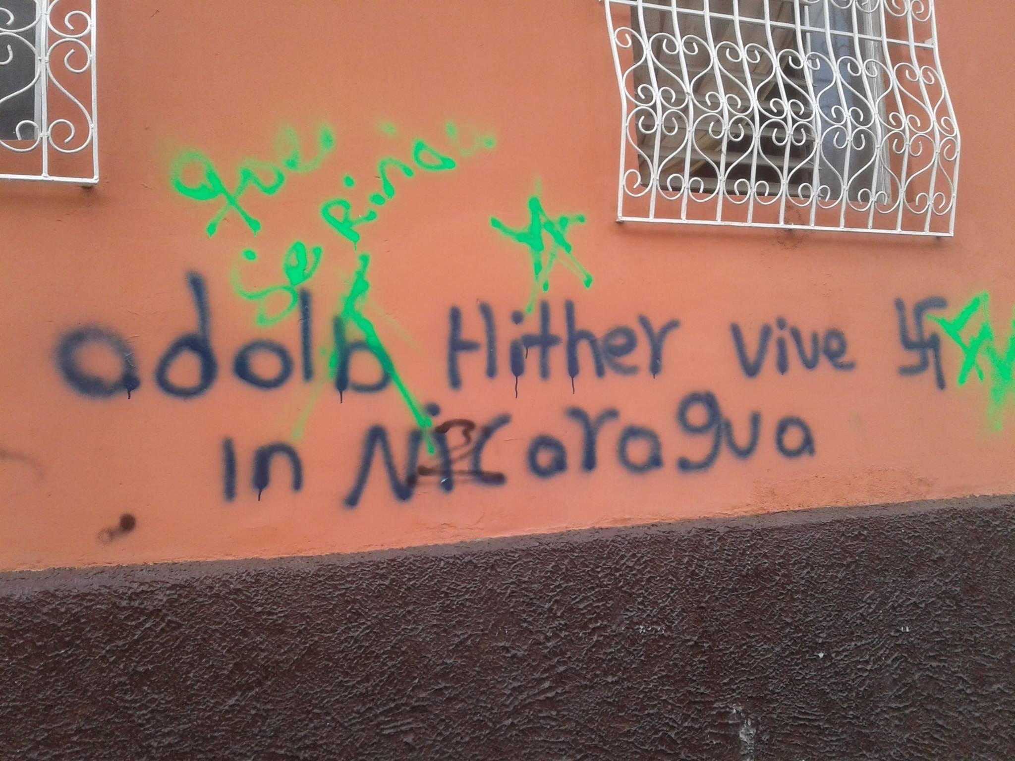 Un muro con incitaciones violentas de extrema derecha en Nicaragua