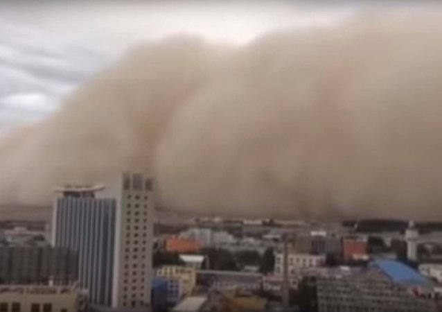 Tormenta de arena en Golmu