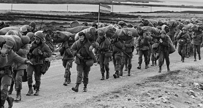 Soldados argentinos en la Guerra de las Malvinas (imagen referencial)