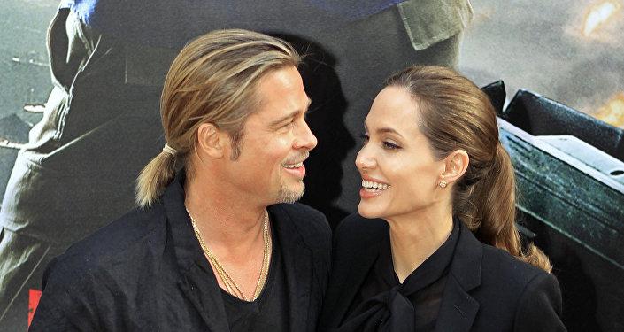 Los actores Brad Pitt y Angelina Jolie