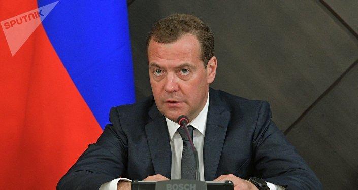 El primer ministro de Rusia, Dmitri Medvédev (archivo)