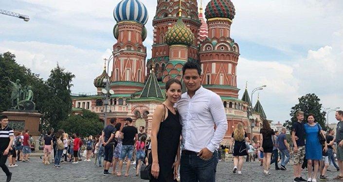 Miguel Minoru Fukuhara con Kristina Shestakova