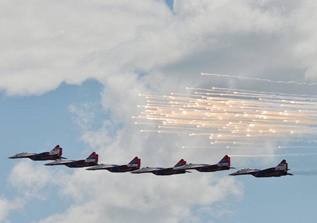 Cazas Su-30SM en el Aviadarts 2017 (archivo)
