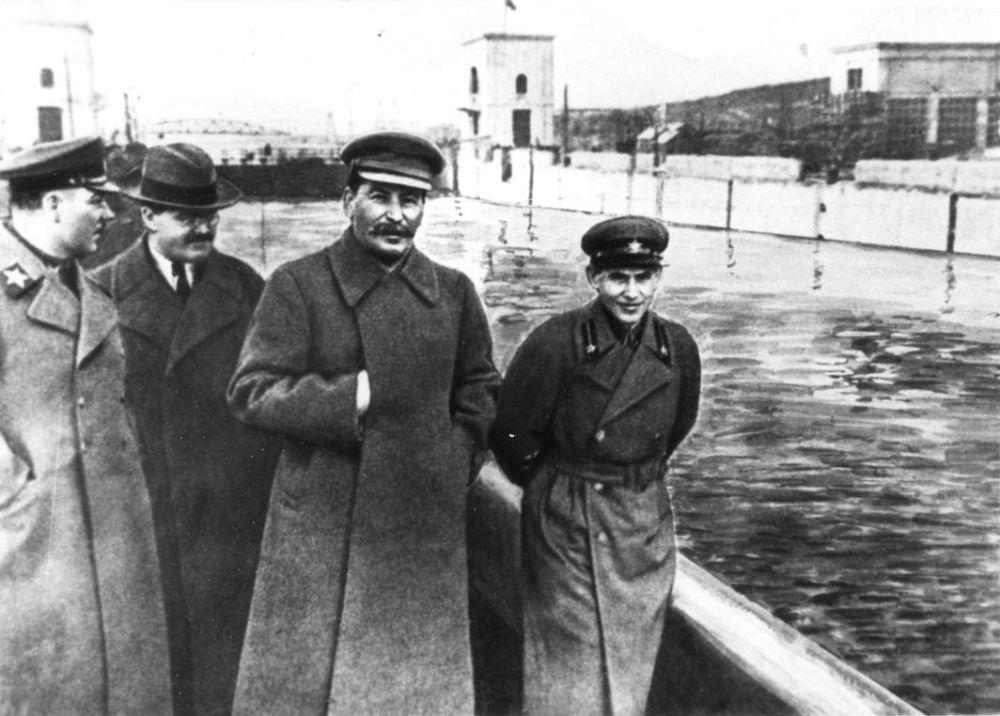 El 'photoshop' soviético: cómo los censores cambiaron la historia de la URSS