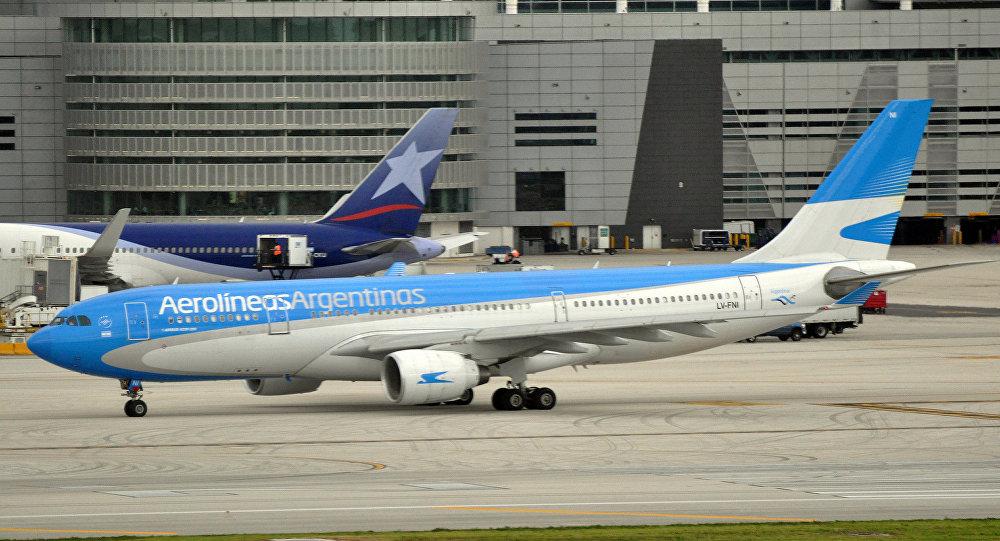 Un avión de Aerolíneas Argentinas