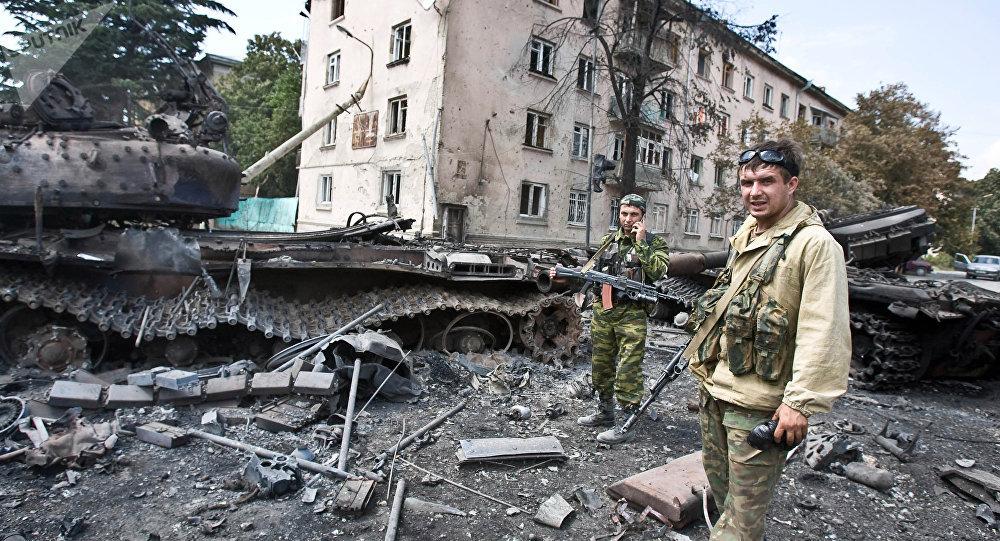 Las calles de Tsjinval tras operación militar (archivo)