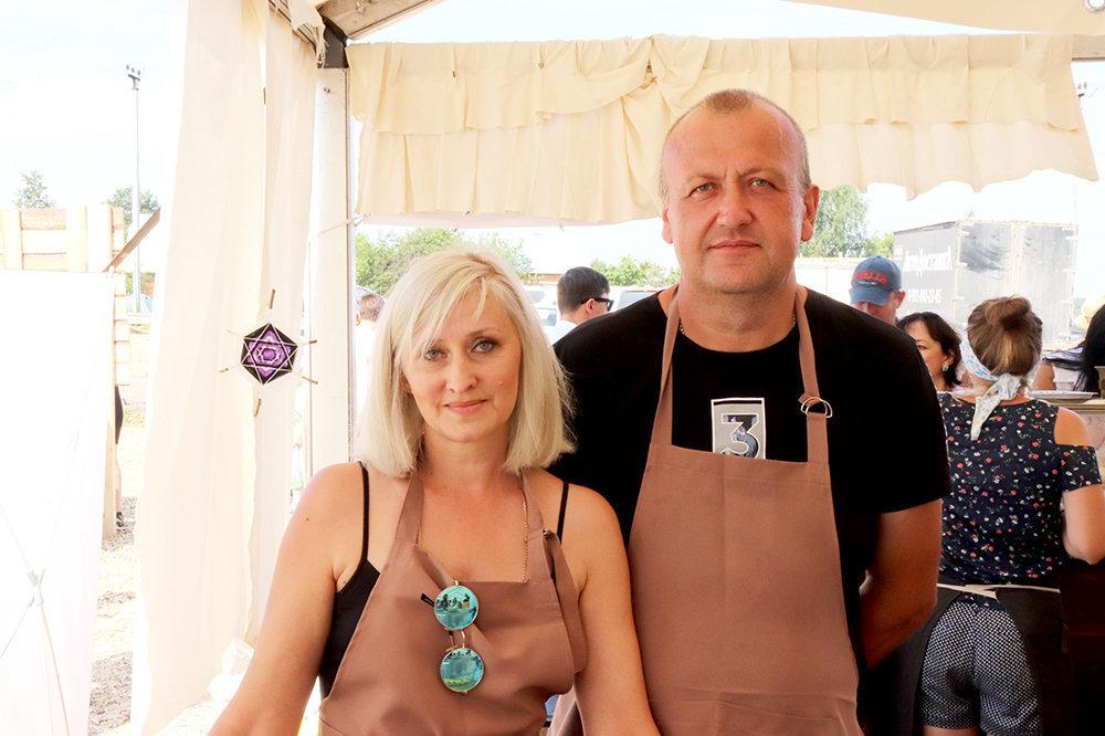 Larisa Fomina e Yuri Fomin de la quesería 'Po-Rizhski'