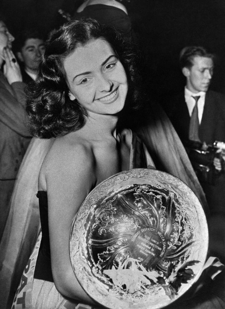MIss Mundo 1953, Denise Perrier