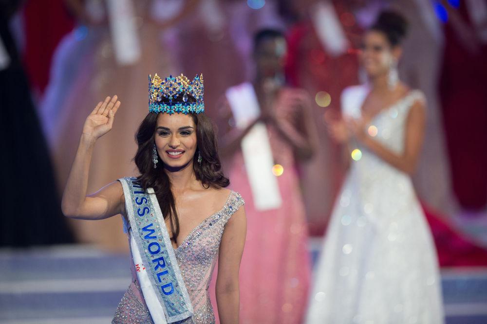 La representante de la India, Manushi Chhilar, ganadora del título de Miss Mundo 2017