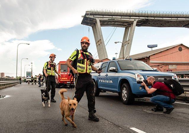 El puente colapsado Morandi, en Génova.
