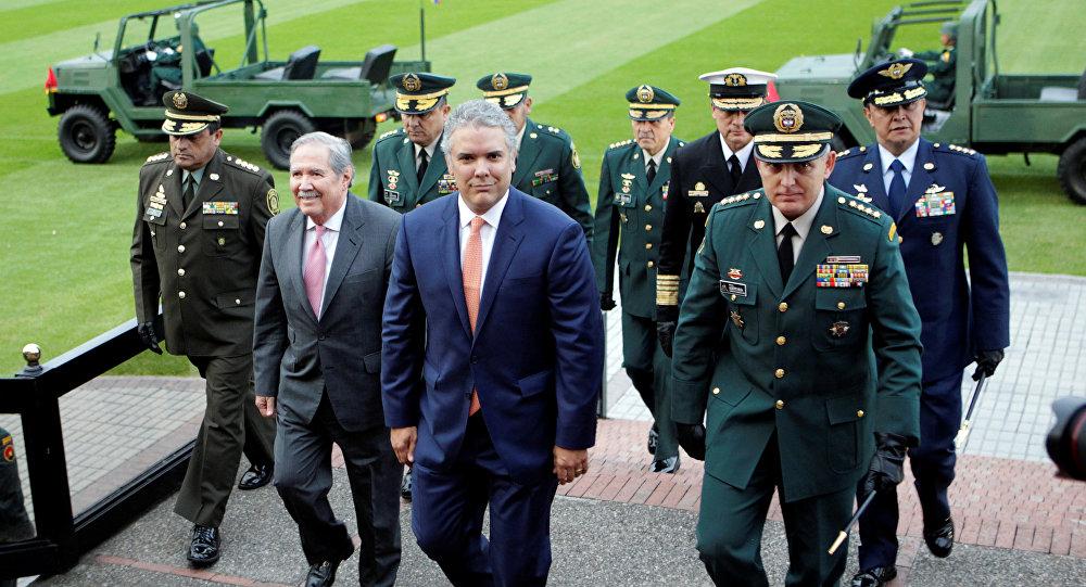 Gobiernos de Chile y EEUU firman acuerdo de cooperación — Ciberseguridad