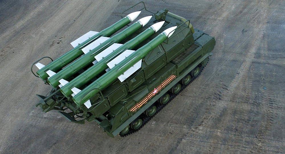 Sistema ruso de misiles antiaéreos Buk-M2E