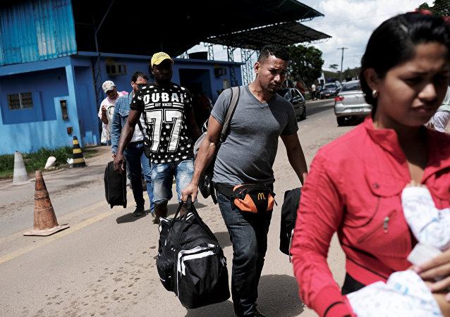 Migrantes venezolanos en la frontera de Brasil