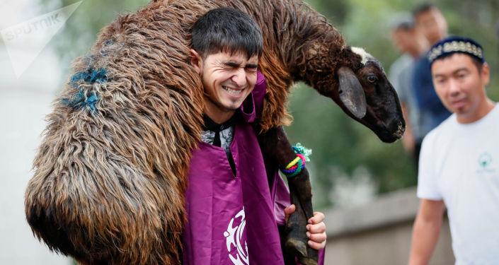 La celebración de la fiesta de Eid al Adha en Kazajistán