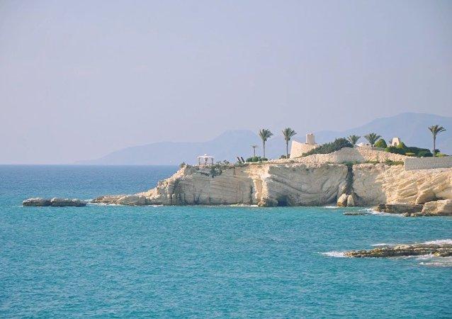 Vista del palacio de la familia presidencial, cerca de Latakia.