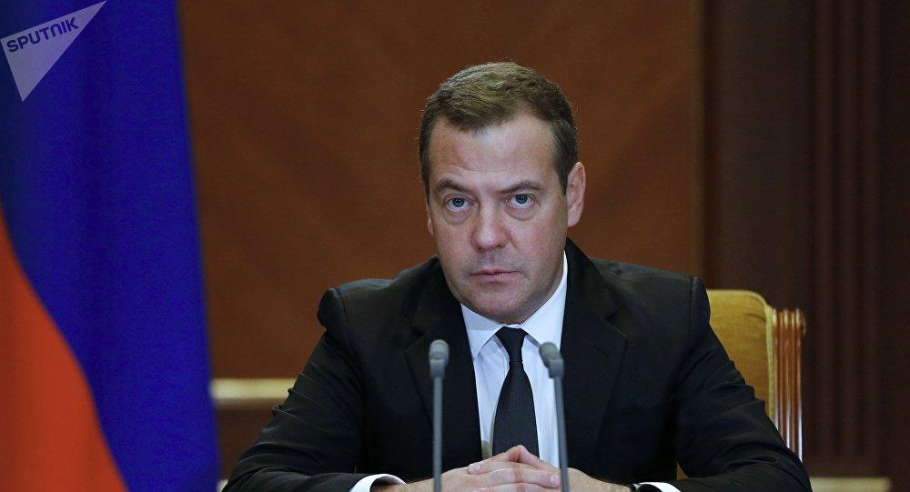 Dmitri Medvédev, primer ministro ruso (archivo)