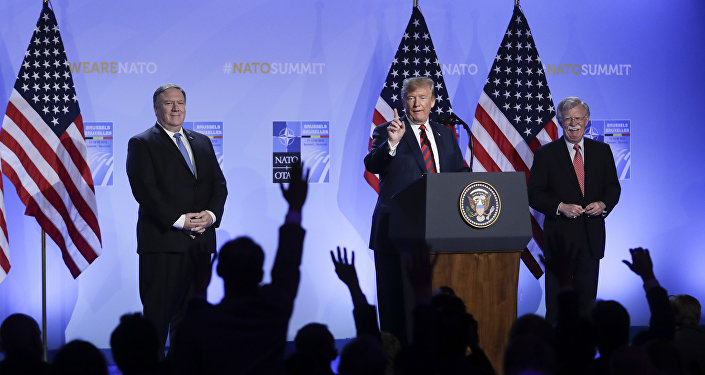 Secretario de Estado de EEUU, Mike Pompeo, el presidente de EEUU, Donald Trump, y asesor de Seguridad Nacional de la Casa Blanca, John Bolton (archivo)