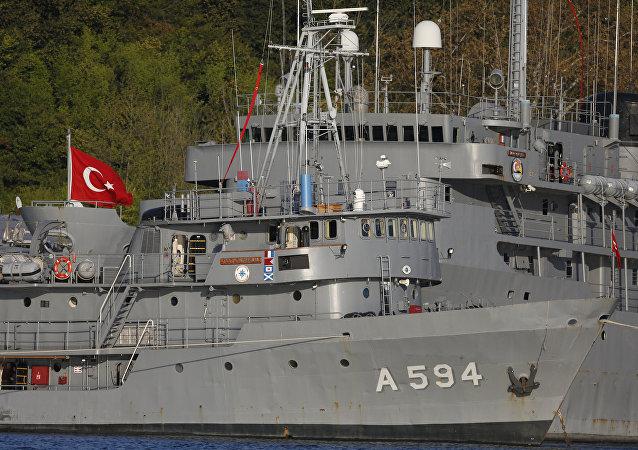 Buques turcos en el estrecho de Bósforo (archivo)