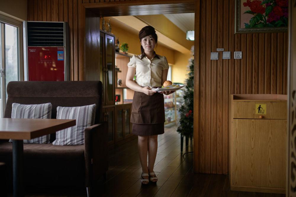 Belleza y disciplina: retratos de mujeres norcoreanas