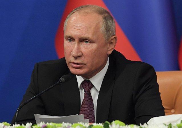 Vladímir Putin, presidente ruso, durante la cumbre en Irán