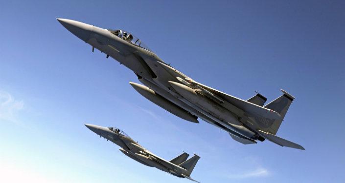 Dos aviones F-15 (archivo)