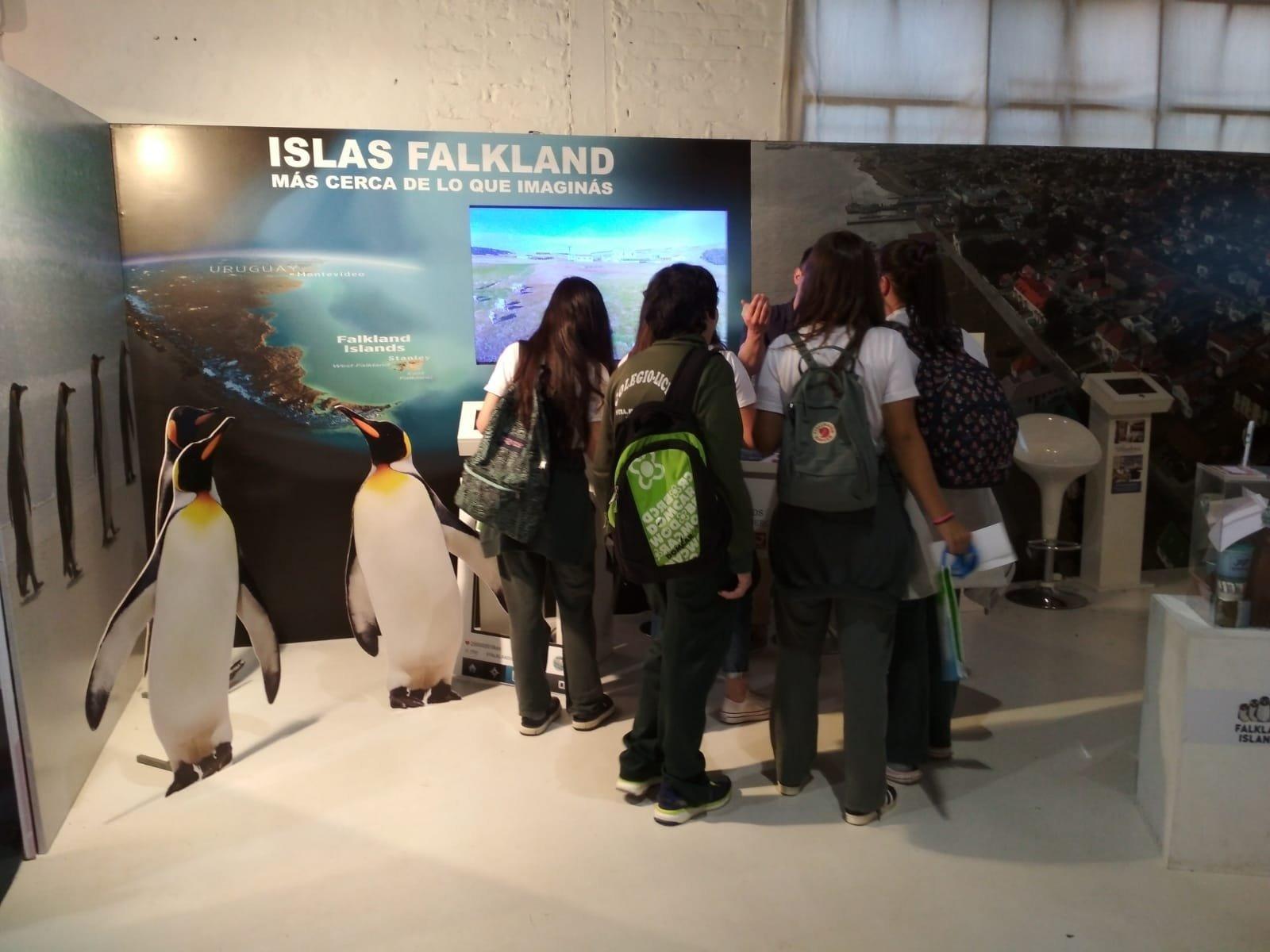 Estand de Reino Unido en la Expo Prado en Uruguay.