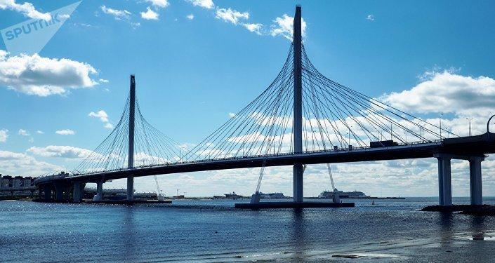 Un puente en San Petersburgo