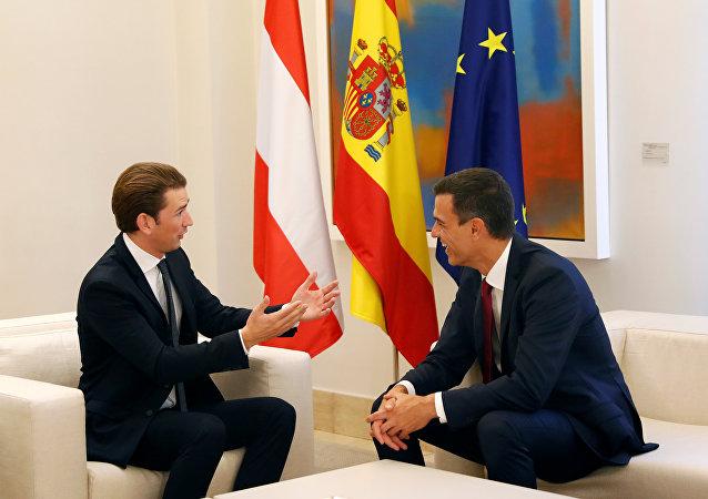 Primer ministro de Austria, Sebastian Kurz, y presidente del Gobierno español, Pedro Sánchez