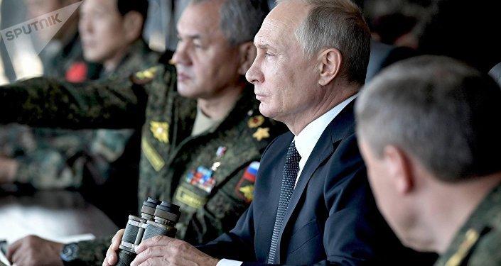 Presidente de Rusia, Vladímir Putin, durante los ejercicios Vostok 2018