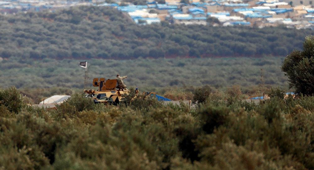 Un vehículo blindado turco-cerca de Idlib (archivo)
