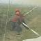 Un enorme tornado de fuego 'arrebata' la manguera a los bomberos en Canadá