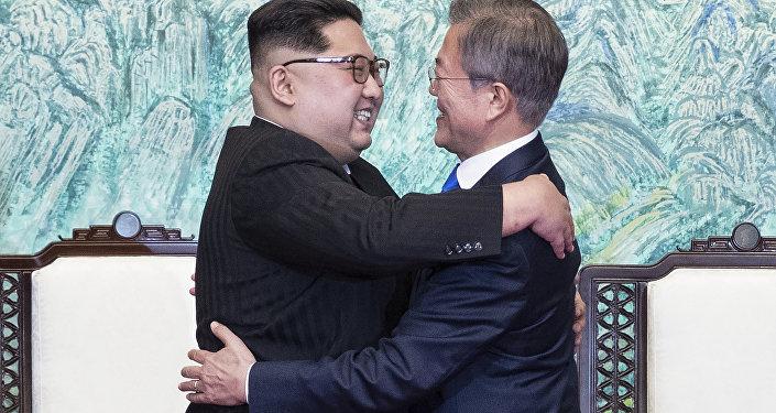 Líder de Corea del Norte, Kim Jong-un, y presidente de Corea del Sur, Moon Jae-in