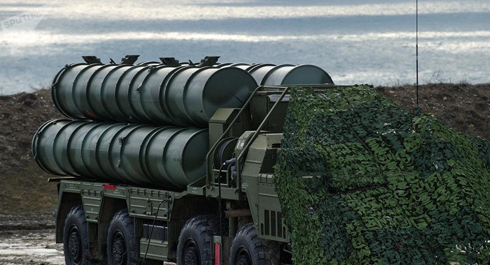 Sistema antiaéreo S-400 en Crimea (archivo)