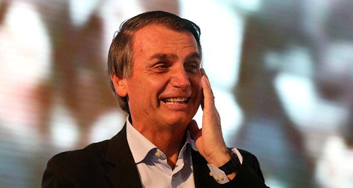 El candidato presidencial brasileño Jair Bolsonaro (archivo)