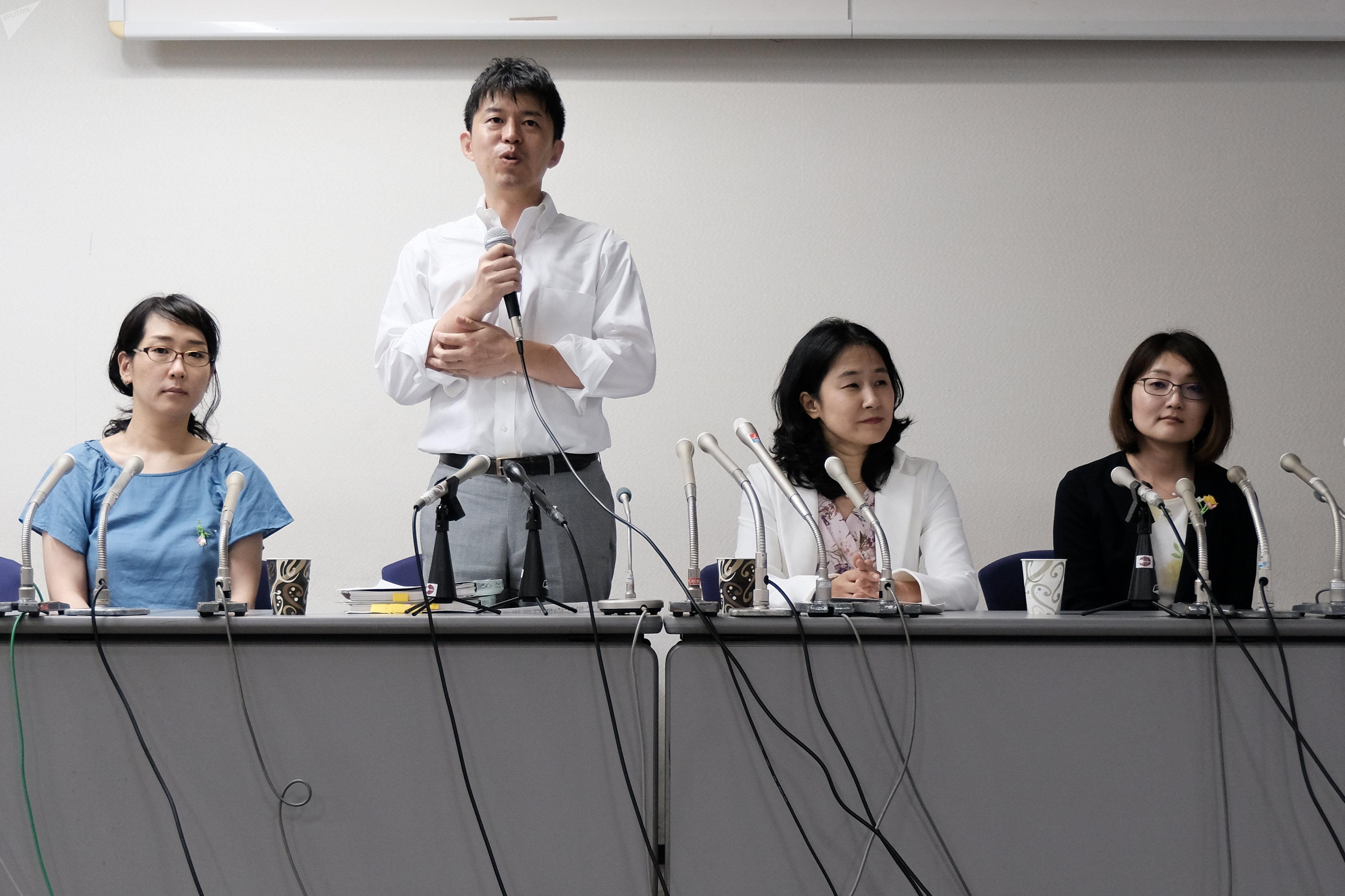 Naoto Sekia, abogado de la víctima