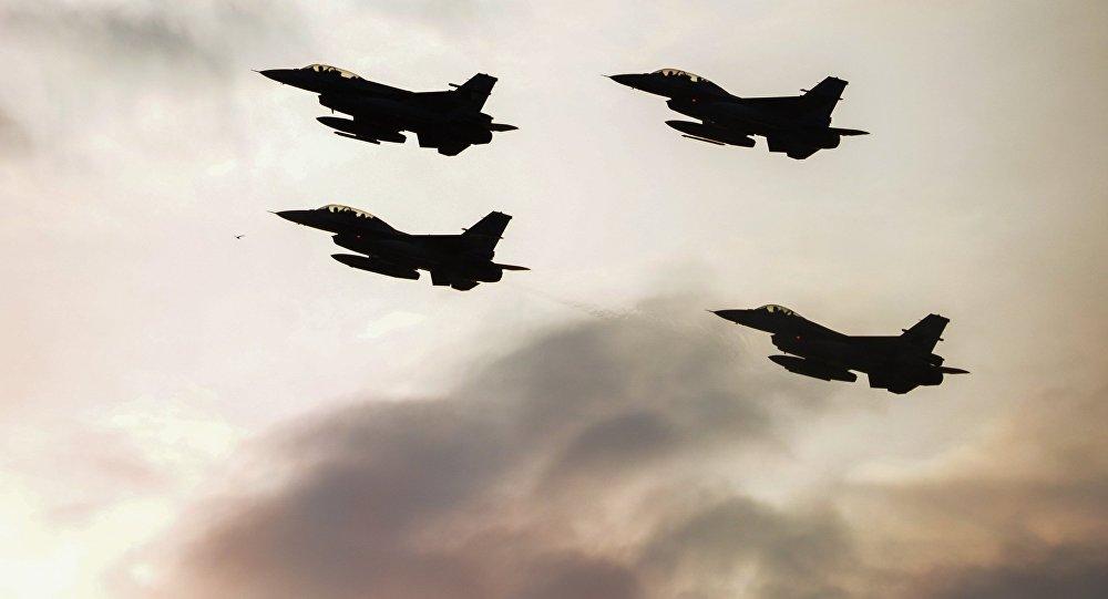 Los aviones F-16 (archivo)