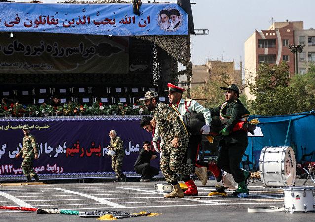 Ataque durante el desfile militar en Ahvaz, Irán