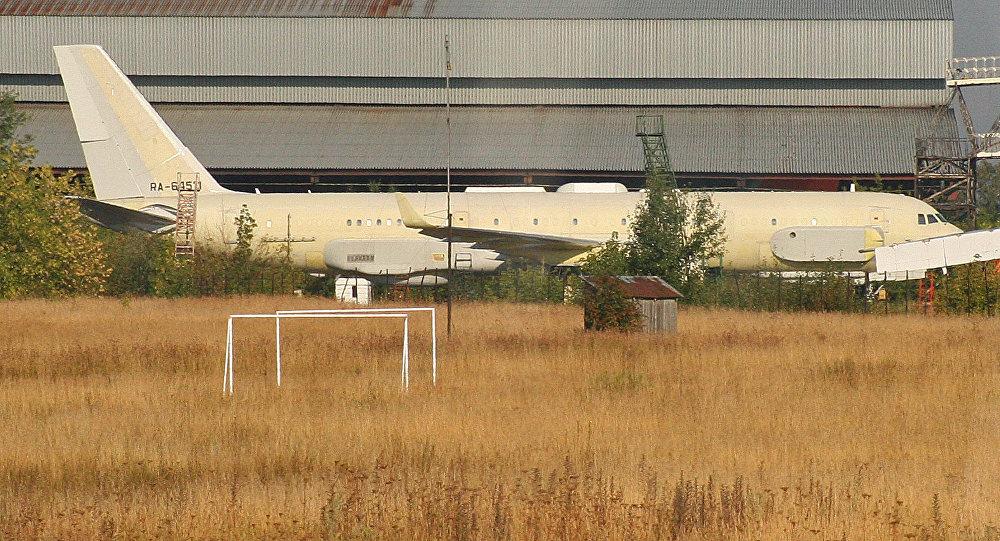 Avión Tu-214 (imagen referencial)