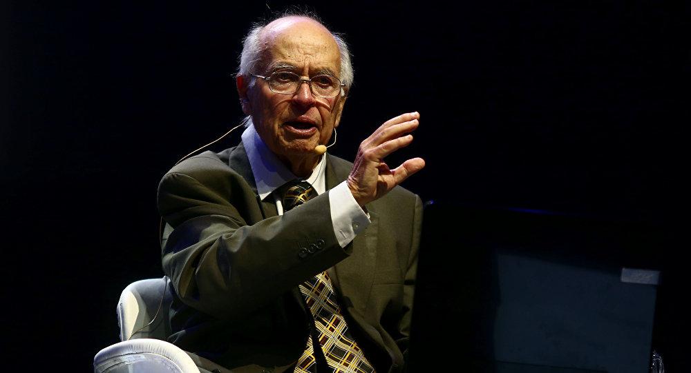 Michael F. Atiyah, matemático británico