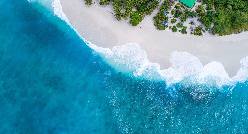 Una playa en la isla filipina de Boracay (imagen referencial)