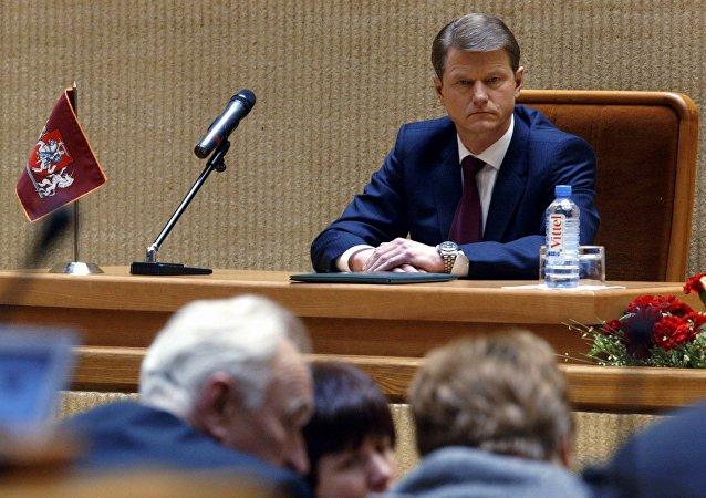 El expresidente lituano Rolandas Paksas en 2004