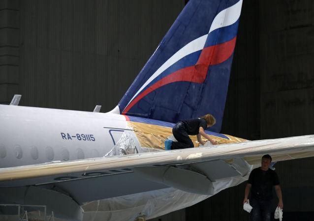 Un Sukhoi Superjet 100 (imagen referencial)