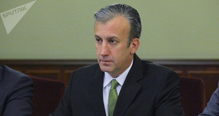 Tareck El Aissami, ministro de Industrias y Producción Nacional y vicepresidente de Economía de Venezuela