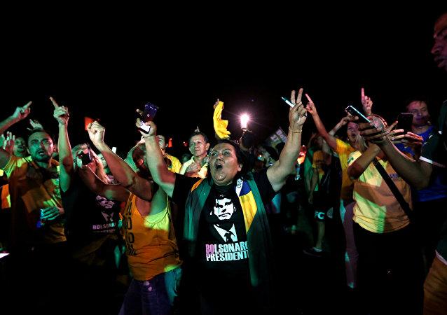 Segidores del ultraderechista Jair Bolsonaro en la primera vuelta de las elecciones presidenciales en Brasil