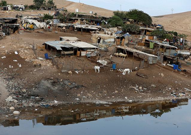 La aldea beduina de Jan al Ahmar en Cisjordania