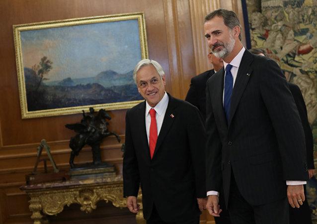 El presidente de Chile, Sebastián Piñera con el rey Felipe VI de España
