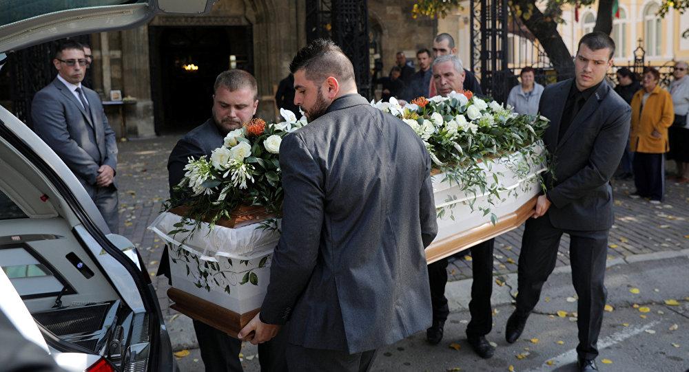 El funeral de la periodista búlgara Viktoria Marinova