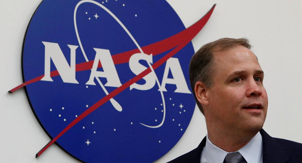 Jim Bridenstine, administrador de la NASA, después de una rueda de prensa en Moscú