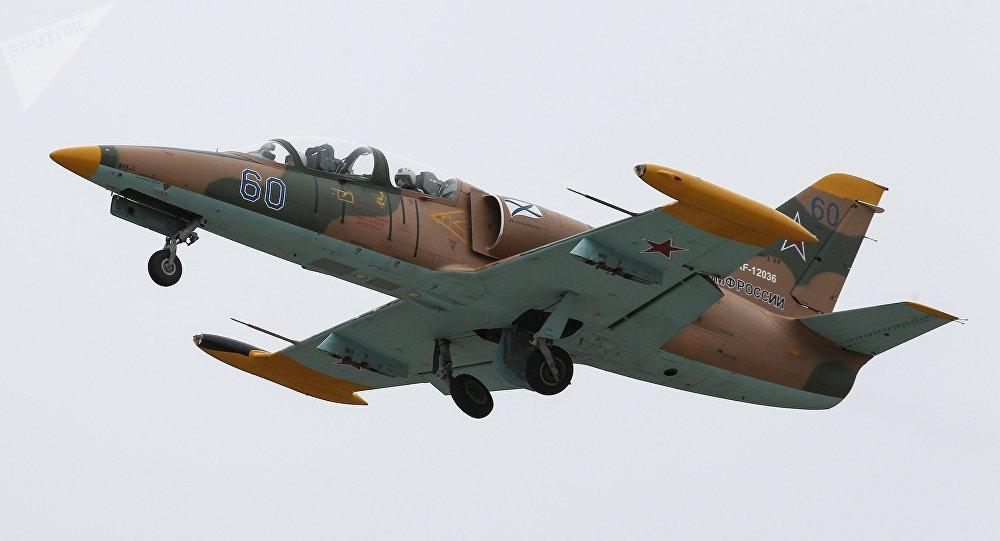 Un avión de entrenamiento L-39 Albatros ruso